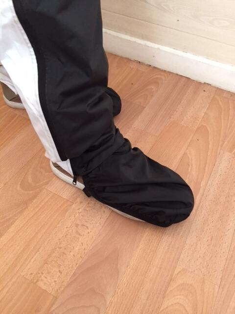 Sur-chaussures anti pluie vélo