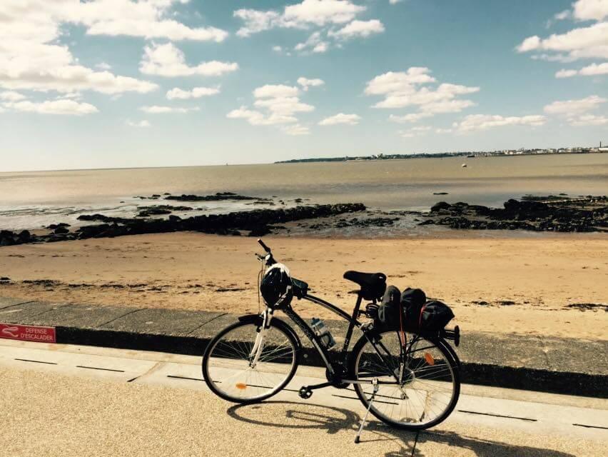 un VTC de cyclotourisme