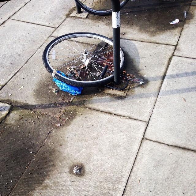 comment attacher correctement son vélo