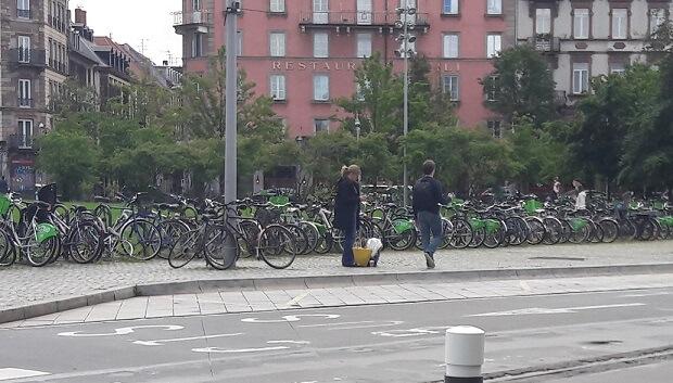 parking vélo à la gare de strasbourg