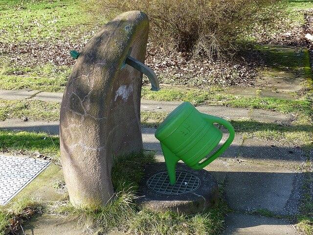 trouver de l'eau dans un cimetière