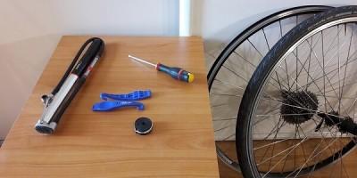 matériel nécessaire changement roue vélo