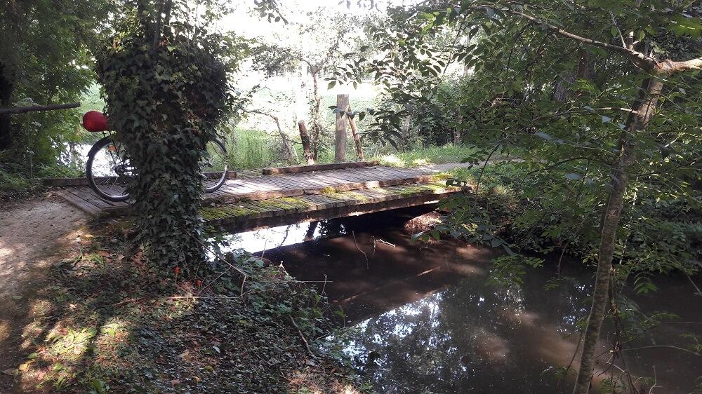 pont marais poitevin velo francette