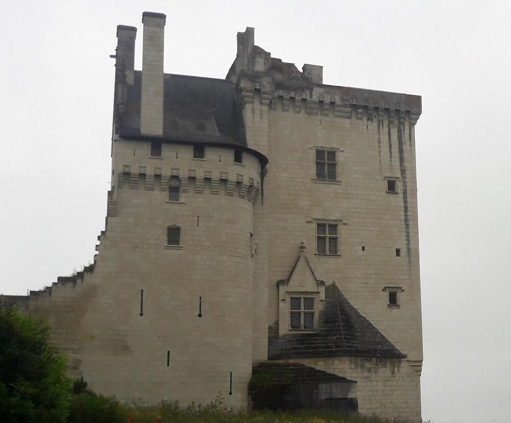 le chateau de montsoreau loire à vélo
